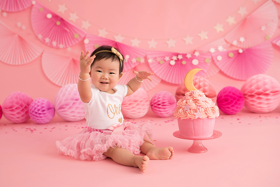 Excellent Cake Smash Photography For Your Little Ones First Birthday Personalised Birthday Cards Arneslily Jamesorg